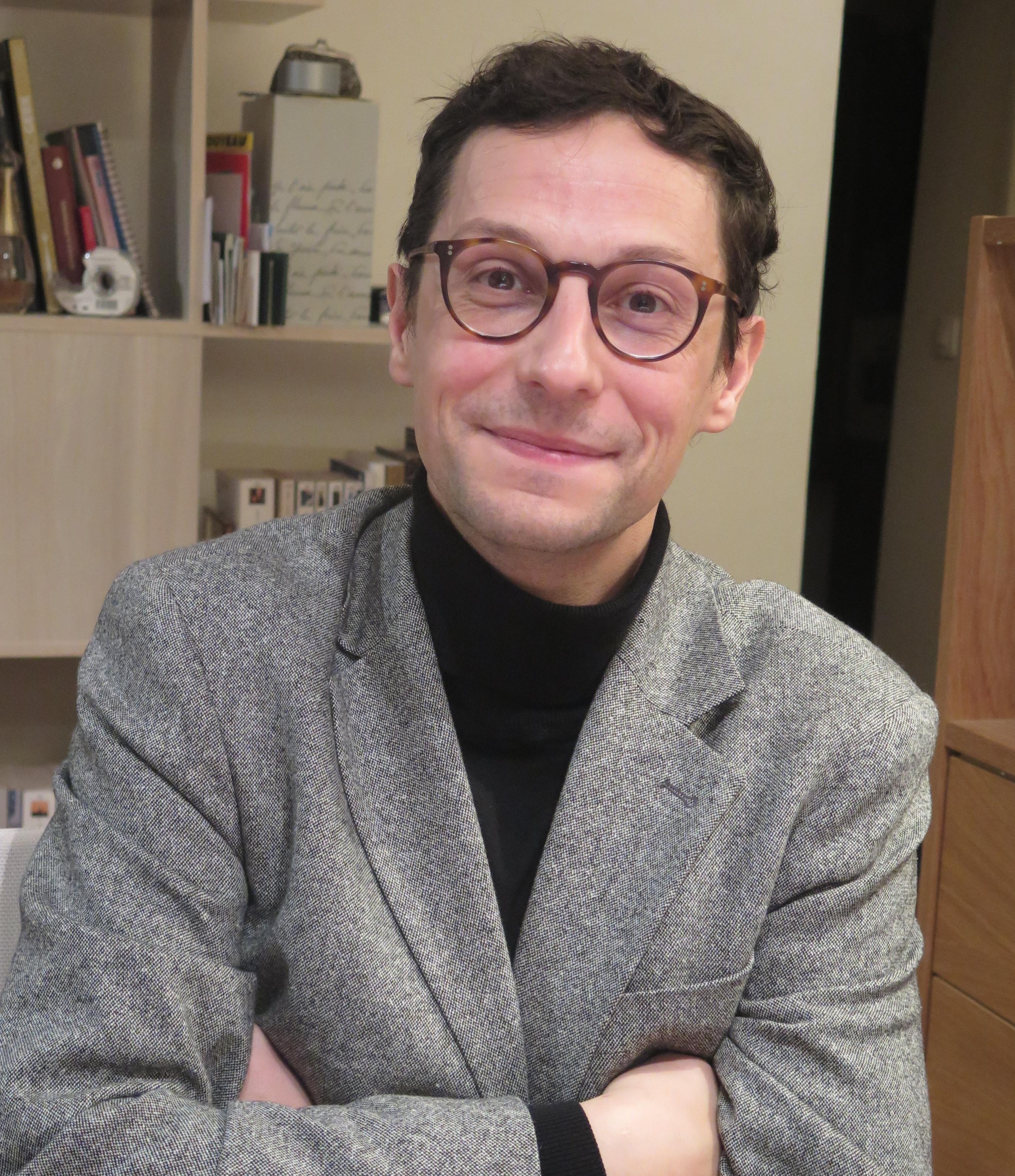 Guillaume Calafat au micro de Passion Modernistes