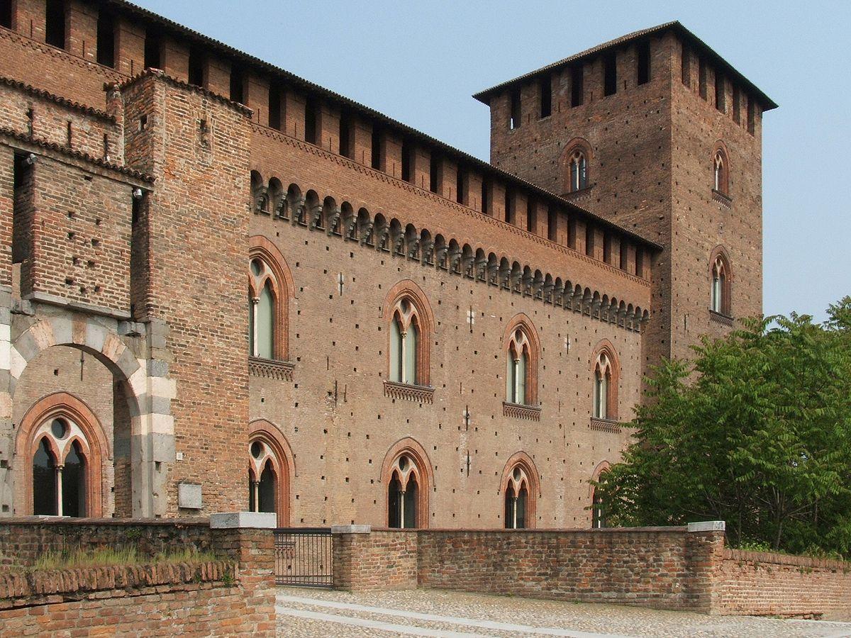 Château de Pavie où Blanche de Savoie fonde une grande bibliothèque