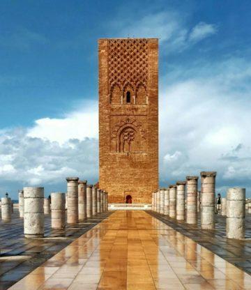 La tour Hassan de Rabat construite sous les Almohades