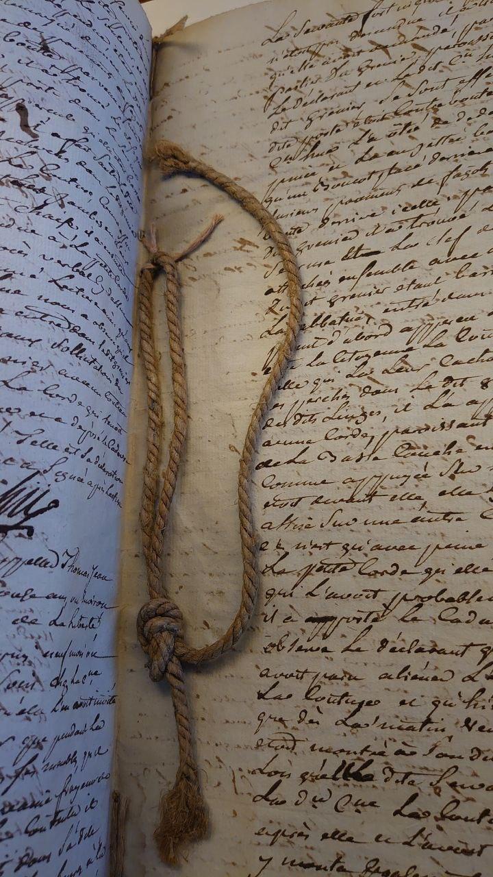 La corde de pendu dont parle Félix dans l'épisode