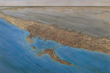 Une aquarelle de Jean-Claude Golvin représentant Alexandrie vue depuis la mer Méditerranée (conservée au musée départemental d'Arles Antique).