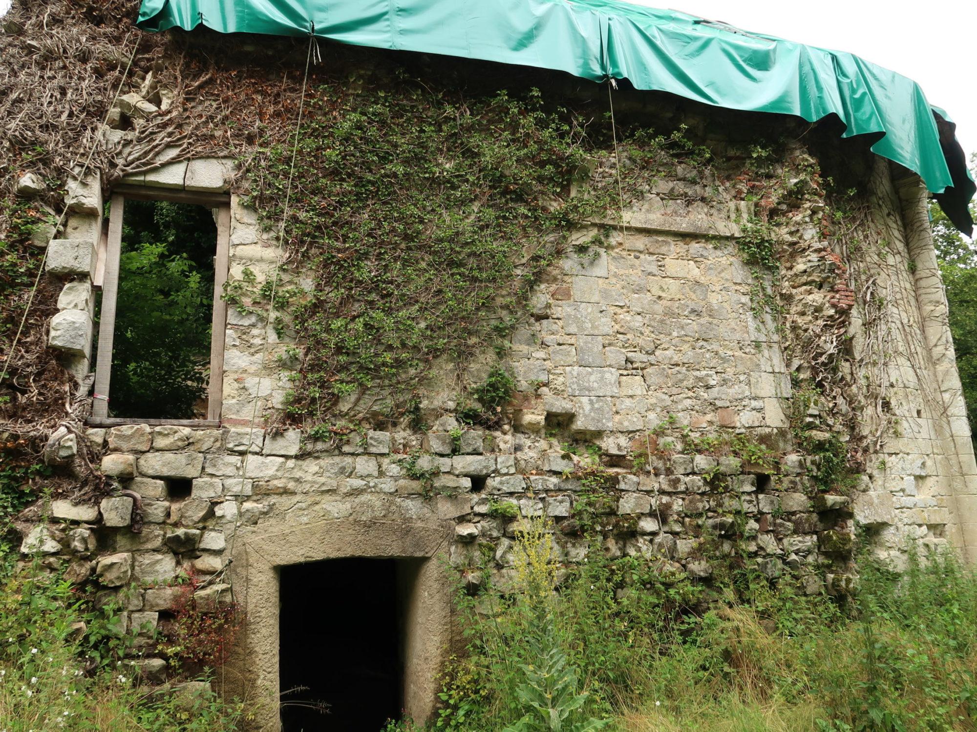 La chapelle sur le site des Moulineaux